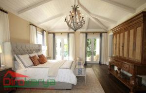 desain kamar tidur utama yang elegan dan romantis diro karya